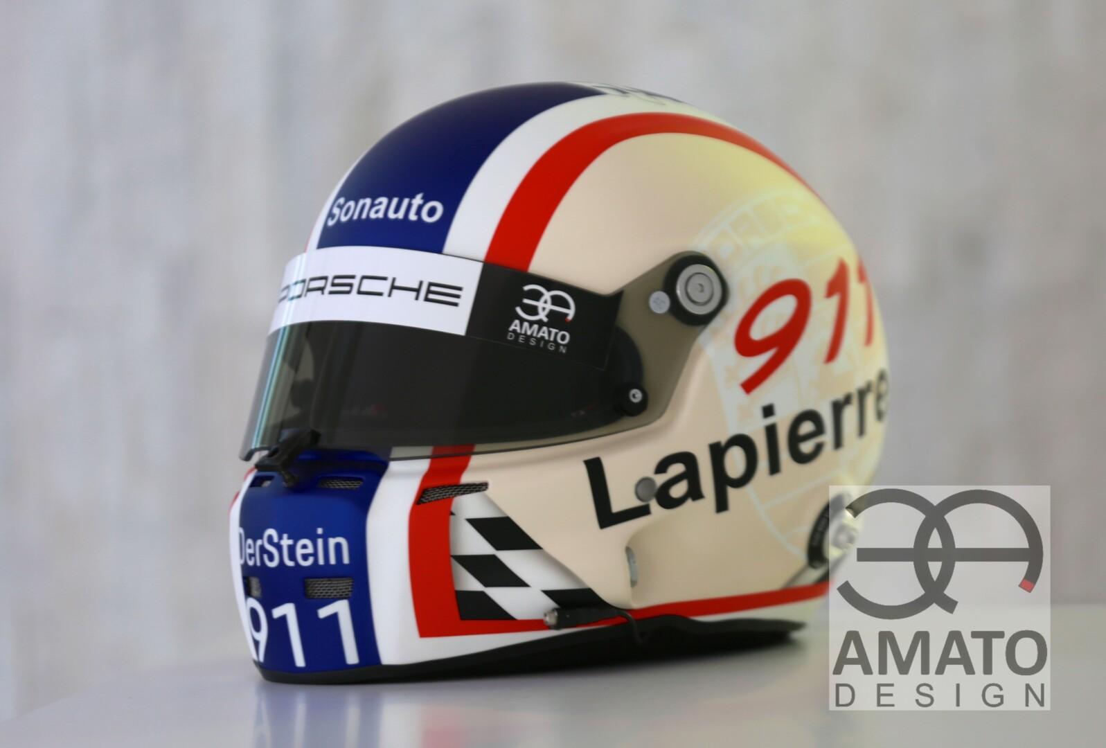 Casque vinatge conçu et réalisé par AMATO DESIGN pour le pilote Christophe Lapierre, pilote officiel Porsche.